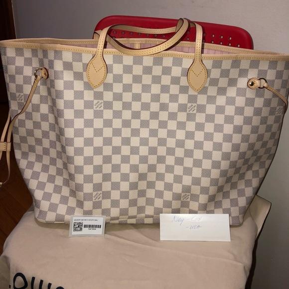 Louis Vuitton Handbags - Neverfull GM